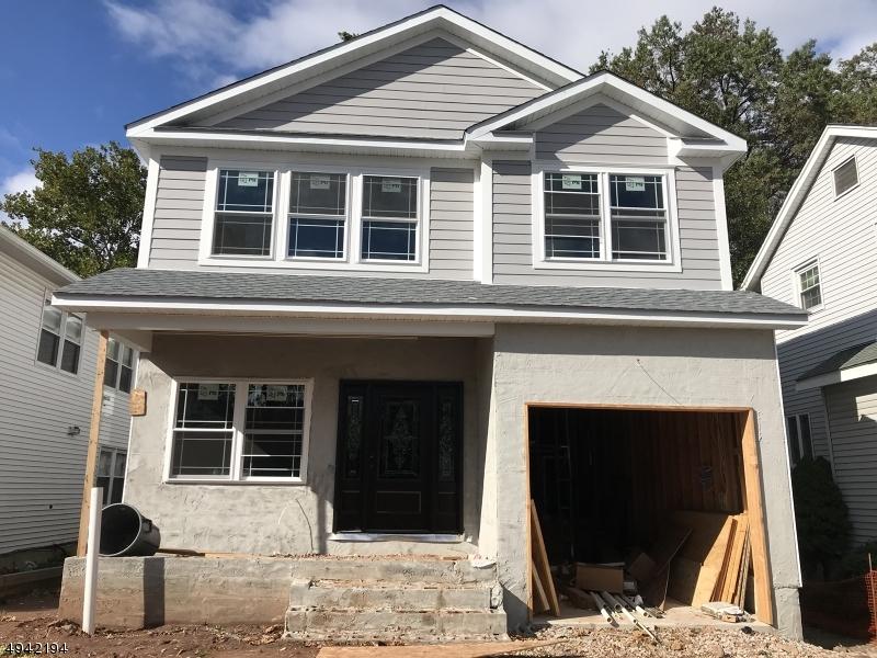 Single Family Homes för Försäljning vid Union, New Jersey 07083 Förenta staterna
