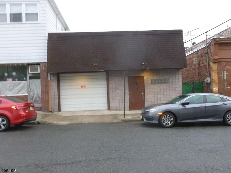 Thương mại vì Bán tại Address Not Available Garfield, New Jersey 07026 Hoa Kỳ