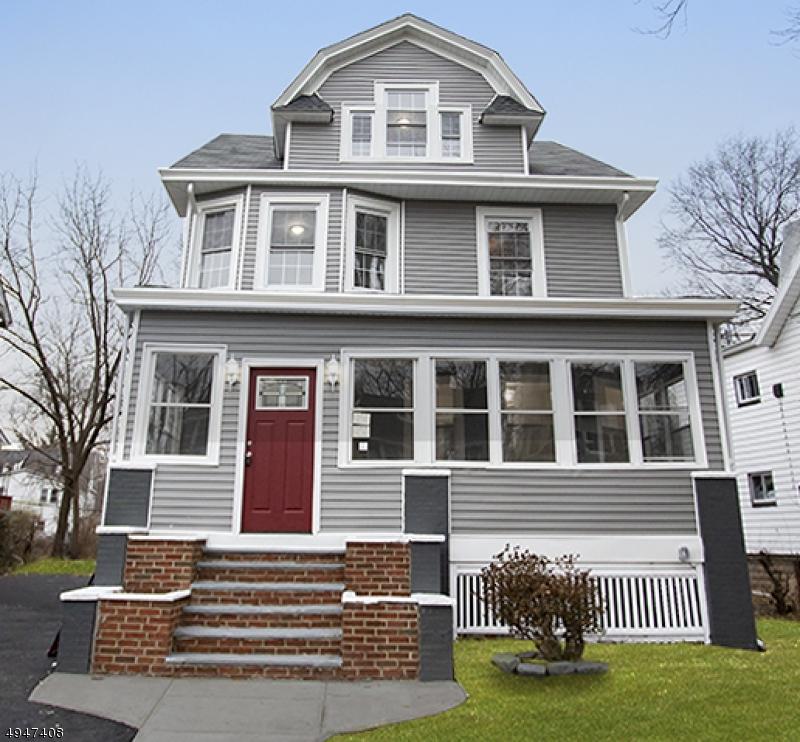 Single Family Homes für Verkauf beim East Orange, New Jersey 07017 Vereinigte Staaten