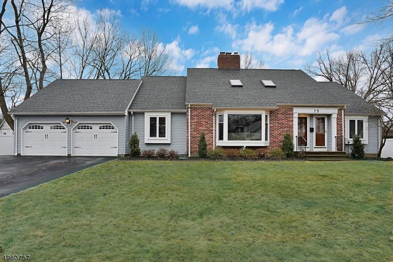 Multi-Family Homes 为 销售 在 新普罗维登斯岛, 新泽西州 07974 美国