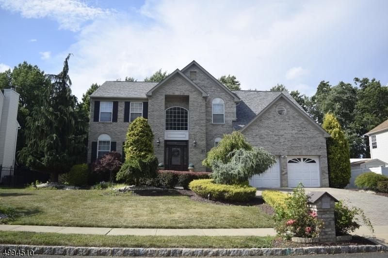Single Family Homes 为 销售 在 Old Bridge, 新泽西州 07747 美国