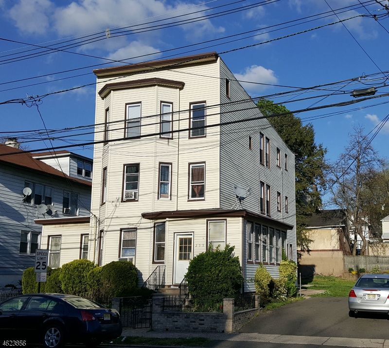 Additional photo for property listing at 257-261 E 33RD Street  Paterson, Нью-Джерси 07504 Соединенные Штаты