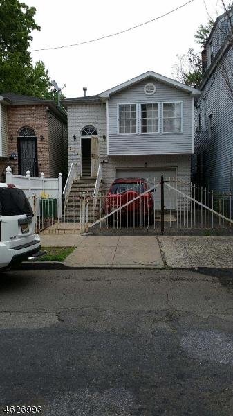 Maison avec plusieurs logements pour l Vente à 227 5TH Street Newark, New Jersey 07107 États-Unis