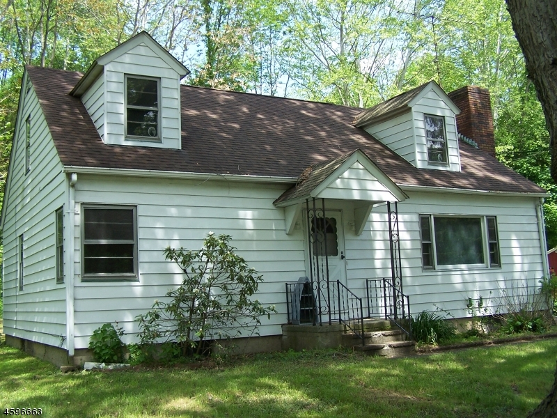 Single Family Home for Sale at 19 US Highway-46 Columbia, New Jersey 07832 United States