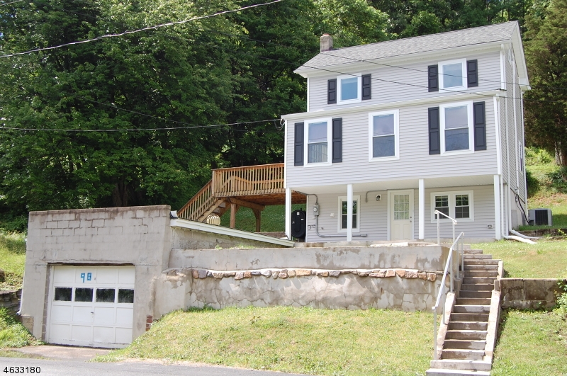 Single Family Home for Sale at 98 Buckley Avenue Oxford, New Jersey 07863 United States