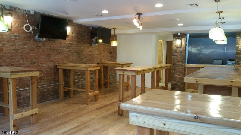 Additional photo for property listing at 55-2 bleeker  Newark, Nueva Jersey 07102 Estados Unidos