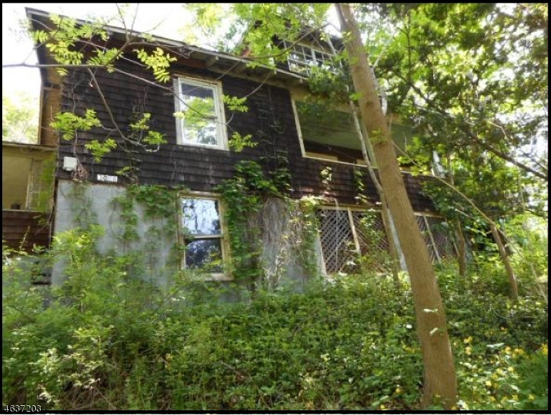 Single Family Home for Sale at 3036 State Route 23 Hardyston, New Jersey 07416 United States