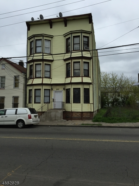 Additional photo for property listing at 263 Bergen Street  Newark, Нью-Джерси 07103 Соединенные Штаты