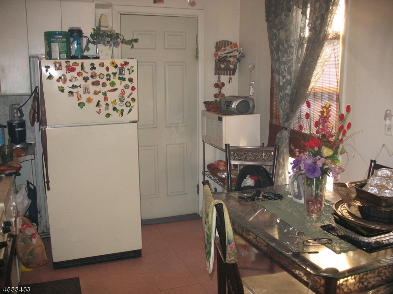 Additional photo for property listing at 162 Franklin Street  Elizabeth, 新泽西州 07206 美国