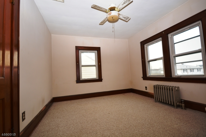 Additional photo for property listing at 45 Fencsak Avenue  Elmwood Park, Nueva Jersey 07407 Estados Unidos