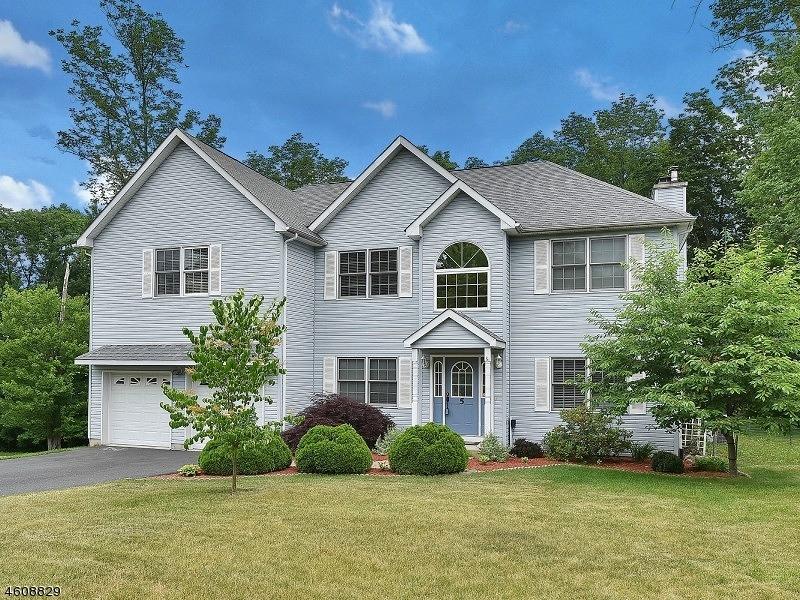 独户住宅 为 销售 在 5 BOA VISTA DRIVE Lake Hopatcong, 新泽西州 07849 美国