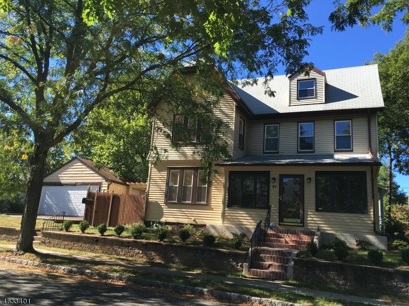 Maison unifamiliale pour l Vente à 47 Milton Street Millburn, New Jersey 07041 États-Unis