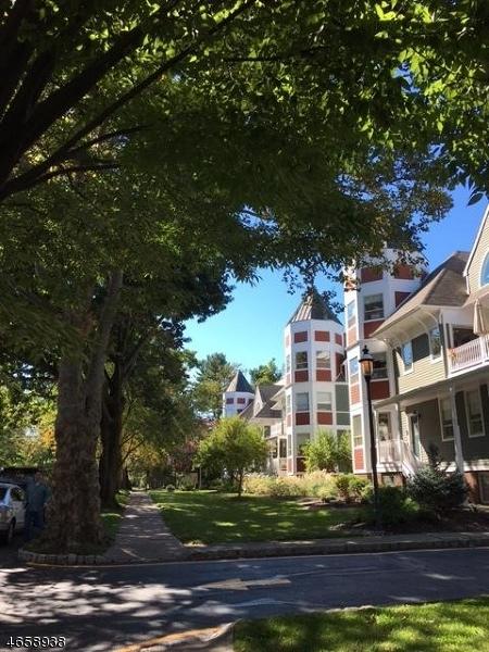 独户住宅 为 出租 在 22 Franklin Place 莫里斯敦, 新泽西州 07960 美国