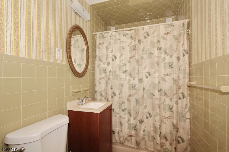 Additional photo for property listing at 709-13 LORETTA TERRACE  Plainfield, New Jersey 07062 United States