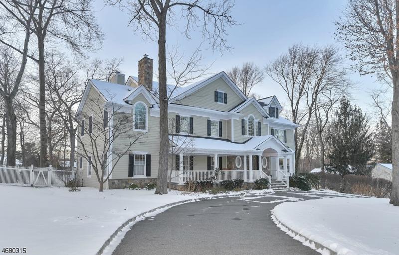独户住宅 为 销售 在 677 Laurel Lane 科夫, 07481 美国