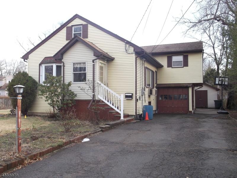 独户住宅 为 销售 在 9 Beech Street Pequannock, 新泽西州 07440 美国
