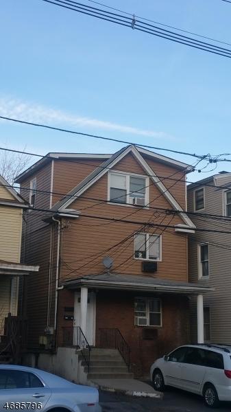 Многосемейный дом для того Продажа на Address Not Available Hackensack, 07601 Соединенные Штаты