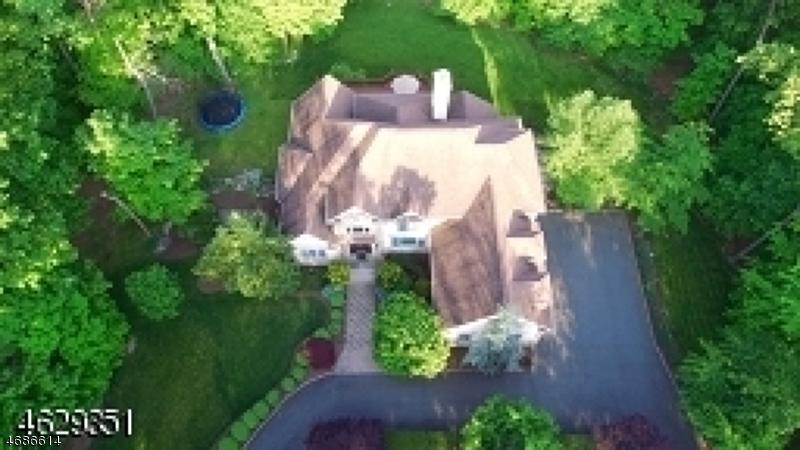 Casa Unifamiliar por un Venta en 61 STONY BROOK Road Montville, Nueva Jersey 07045 Estados Unidos