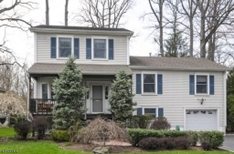 Single Family Home for Rent at 89 Glenwood Road Cranford, New Jersey 07016 United States