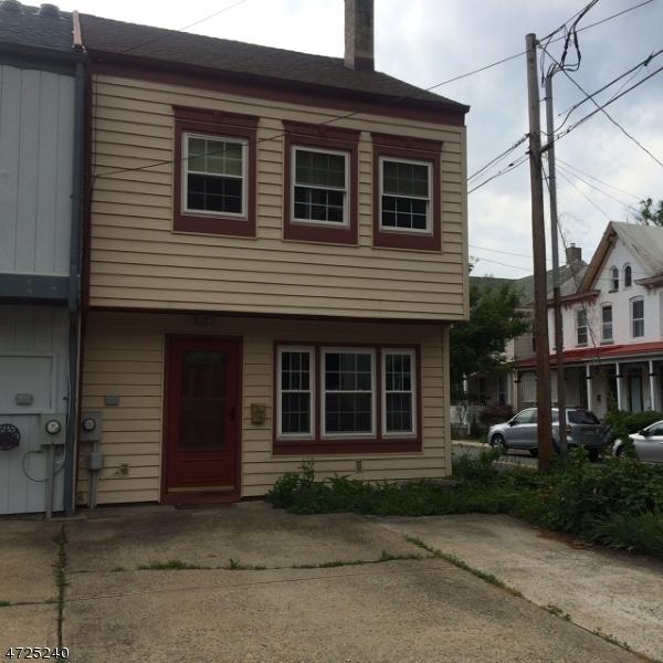 Casa Unifamiliar por un Alquiler en 109 N Franklin Street Lambertville, Nueva Jersey 08530 Estados Unidos