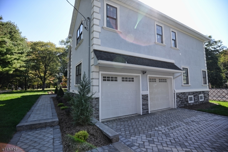Additional photo for property listing at 591 Park Road  Parsippany, New Jersey 07950 United States