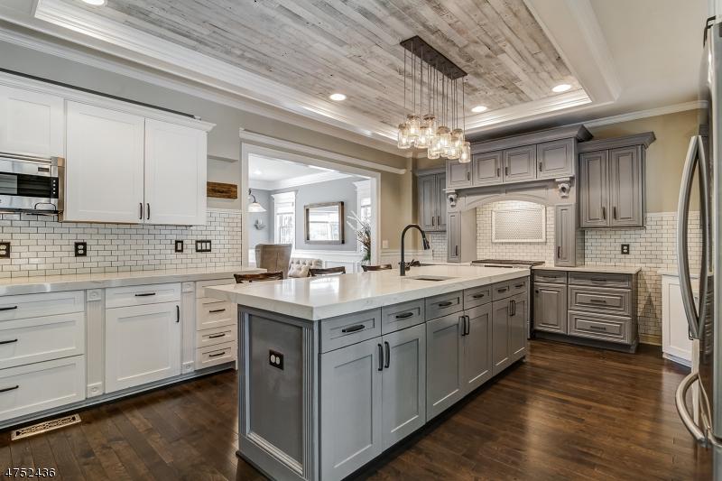 Enfamiljshus för Försäljning vid 21 Wood Road 21 Wood Road Morris Township, New Jersey 07960 Usa