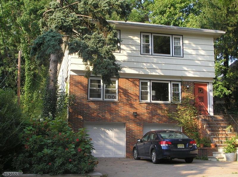 Maison unifamiliale pour l à louer à 87 Hixon Place South Orange, New Jersey 07079 États-Unis