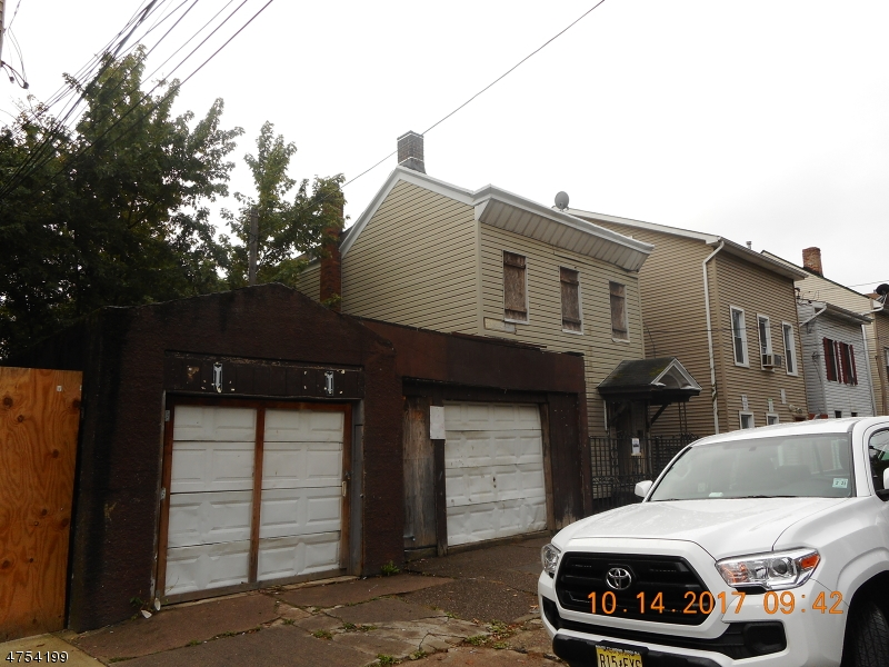 Additional photo for property listing at 90-92 N 3RD Street 90-92 N 3RD Street Paterson, New Jersey 07522 Amerika Birleşik Devletleri