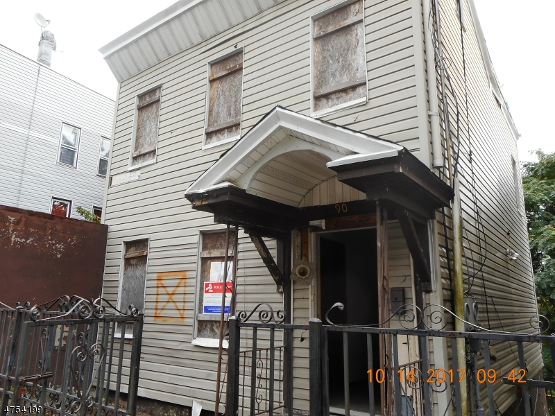 Additional photo for property listing at 90-92 N 3RD Street 90-92 N 3RD Street Paterson, New Jersey 07522 Stati Uniti