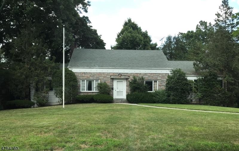 Casa Unifamiliar por un Venta en 523 Ridgewood Avenue Glen Ridge, Nueva Jersey 07028 Estados Unidos