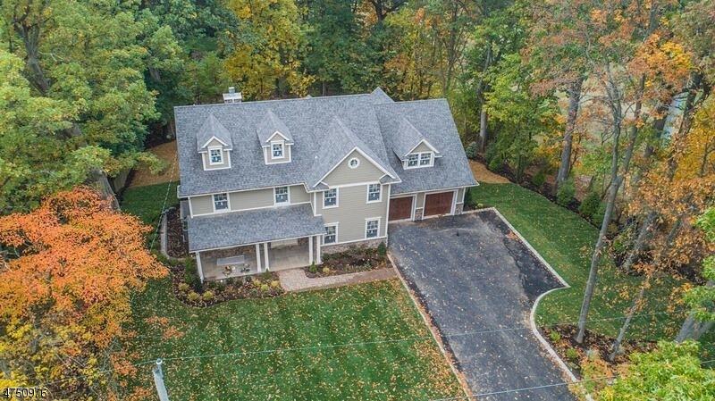 独户住宅 为 销售 在 21 Maple Street 查塔姆, 新泽西州 07928 美国