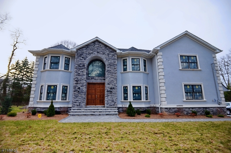 Single Family Home for Sale at 591 Park Road 591 Park Road Parsippany, New Jersey 07950 United States