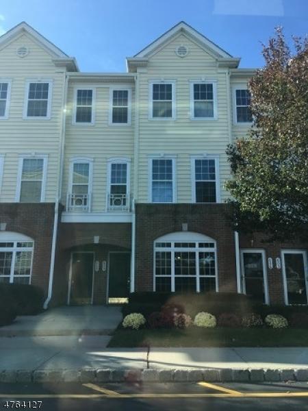 Einfamilienhaus für Verkauf beim 812 Deluca Road 812 Deluca Road Belleville, New Jersey 07109 Vereinigte Staaten