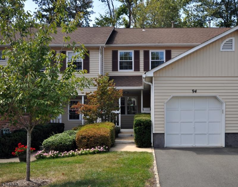 Maison unifamiliale pour l à louer à 94 Canterbury Road Chatham, New Jersey 07928 États-Unis