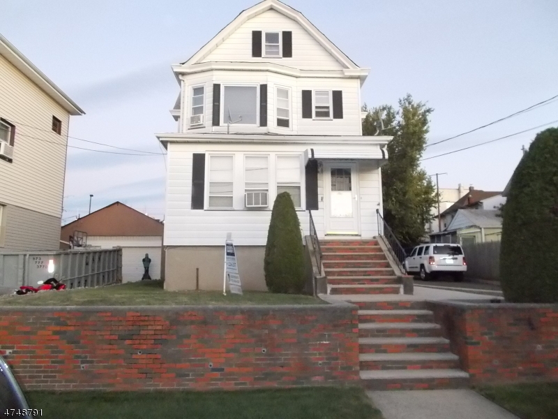 Single Family Home for Rent at 320 Milburn Avenue Lyndhurst, New Jersey 07071 United States