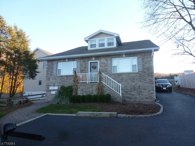 Casa Unifamiliar por un Alquiler en 11 Washington Street Butler, Nueva Jersey 07405 Estados Unidos