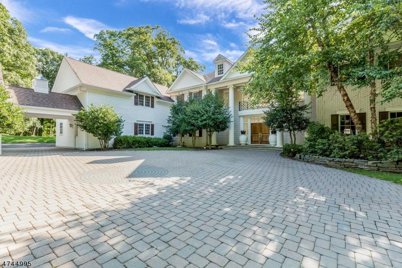 Maison unifamiliale pour l Vente à 105 Mosle Road Mendham, New Jersey 07931 États-Unis