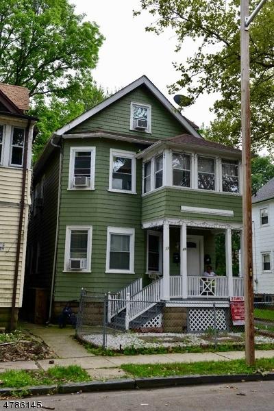 Maison unifamiliale pour l à louer à 13 OLIVE Street East Orange, New Jersey 07017 États-Unis
