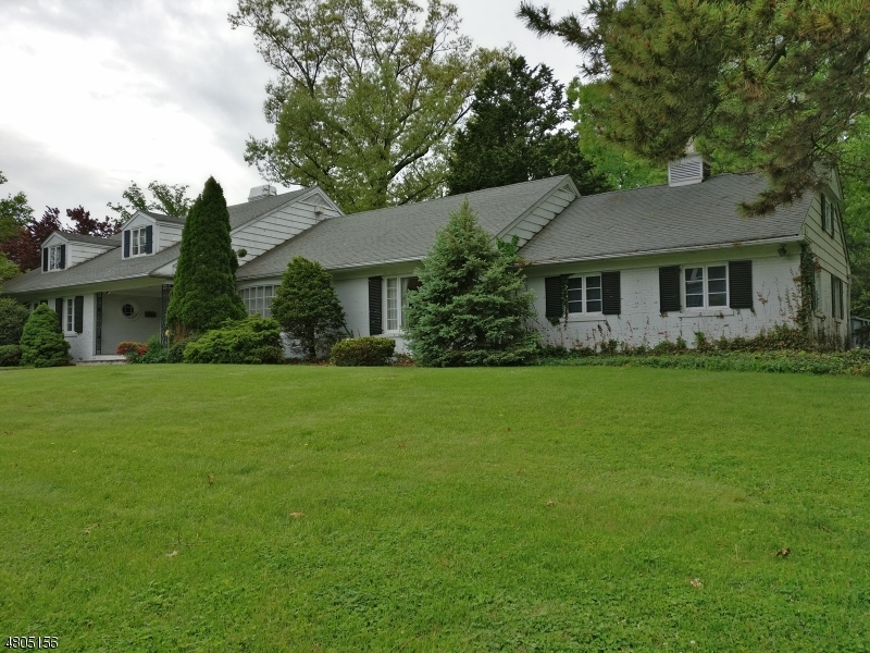 Single Family Home for Sale at 27 Heller Drive Montclair, New Jersey 07043 United States