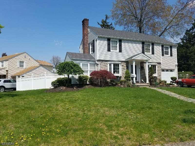 Single Family Home for Sale at 9 ACKERMAN Avenue Elmwood Park, New Jersey 07407 United States