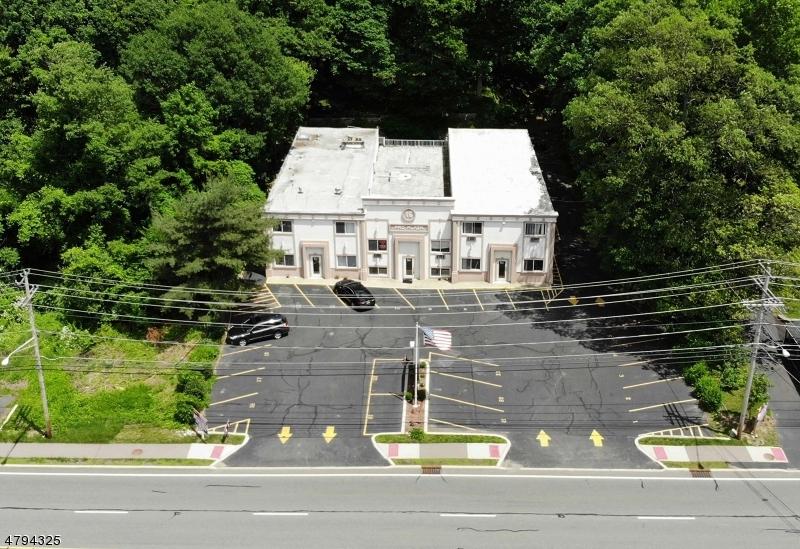 Comercial por un Venta en 16 Route 206 Byram Township, Nueva Jersey 07874 Estados Unidos