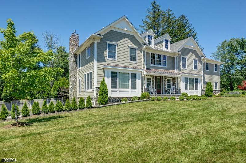 Maison unifamiliale pour l à louer à 8 PARKVIEW Road Chatham, New Jersey 07928 États-Unis