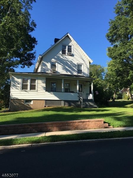 Частный односемейный дом для того Аренда на 75 WATCHUNG Avenue Chatham, Нью-Джерси 07928 Соединенные Штаты
