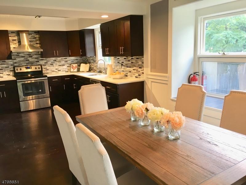 Μονοκατοικία για την Πώληση στο 14 Orchard Street Mount Olive, Νιου Τζερσεϋ 07828 Ηνωμενεσ Πολιτειεσ