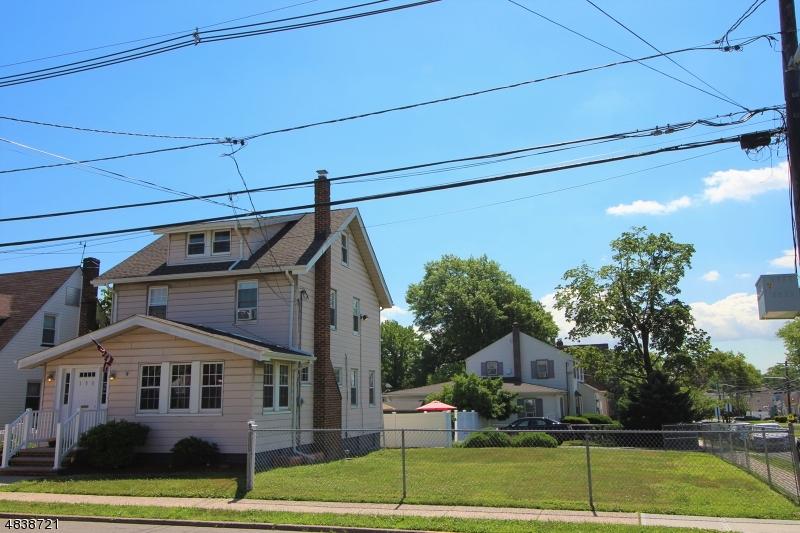 Частный односемейный дом для того Продажа на 100 RUTHERFORD Place North Arlington, Нью-Джерси 07031 Соединенные Штаты