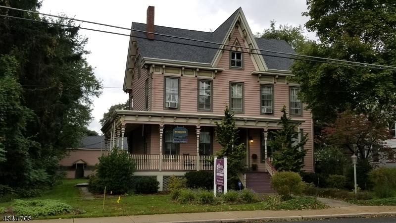 Flerfamiljshus för Försäljning vid 127 BELVIDERE Avenue Washington, New Jersey 07882 Förenta staterna