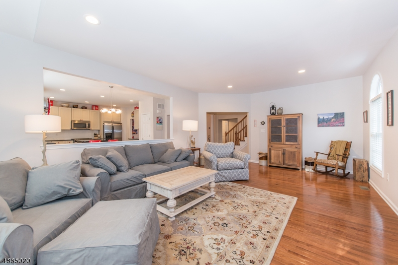 Condo / Townhouse for Sale at Denville, New Jersey 07834 United States
