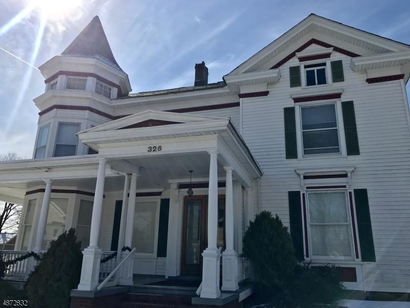 Propriété pour l Vente à 326 WASHINGTON Street Hackettstown, New Jersey 07840 États-Unis