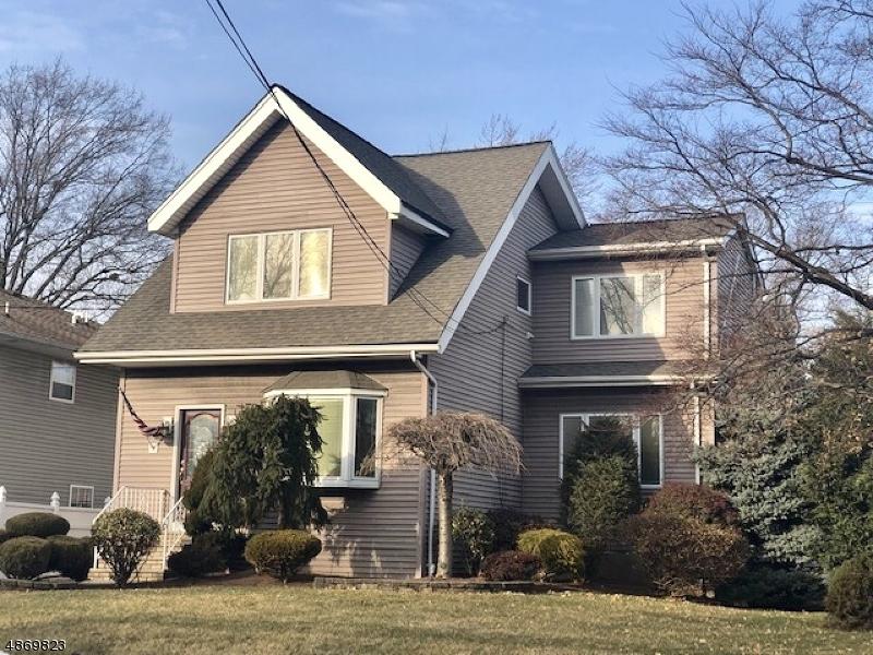 独户住宅 为 销售 在 51 ELMWOOD Avenue Union, 新泽西州 07083 美国