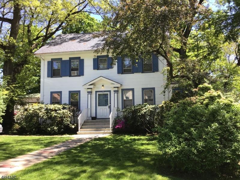 Enfamiljshus för Försäljning vid Orange, New Jersey 07050 Förenta staterna
